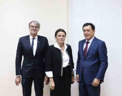 Meeting of the Director of ISRS with the member of French Parliament